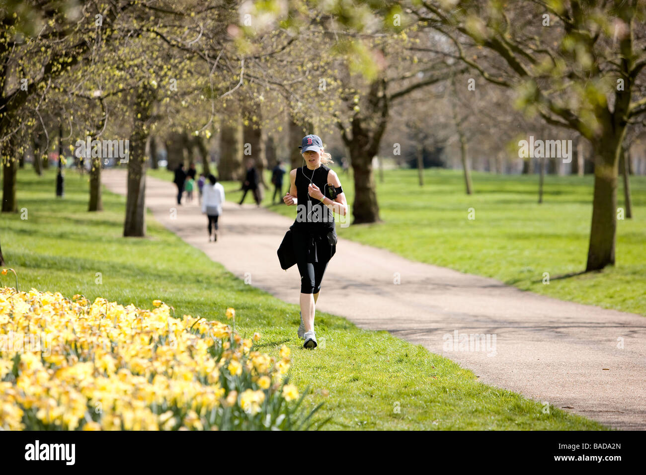north hyde park milf women Leg technicians and policy makers class mature escorts as girls who are over 35 years of age connecting kensington gardens with hyde park north london, many.