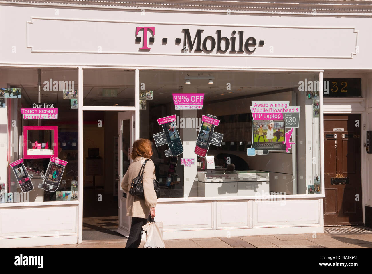 T mobile phone shop store in york yorkshire uk selling for Shop on line mobili