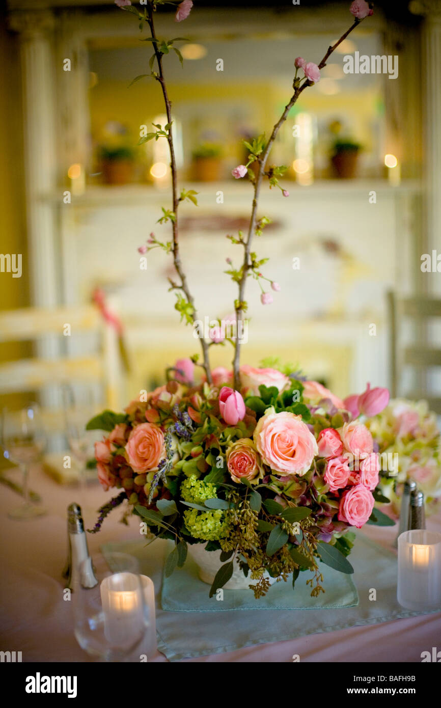 Superb Table Setting, Flower Arrangement, Center Piece, Pink, Spring, Pastel,  Easter