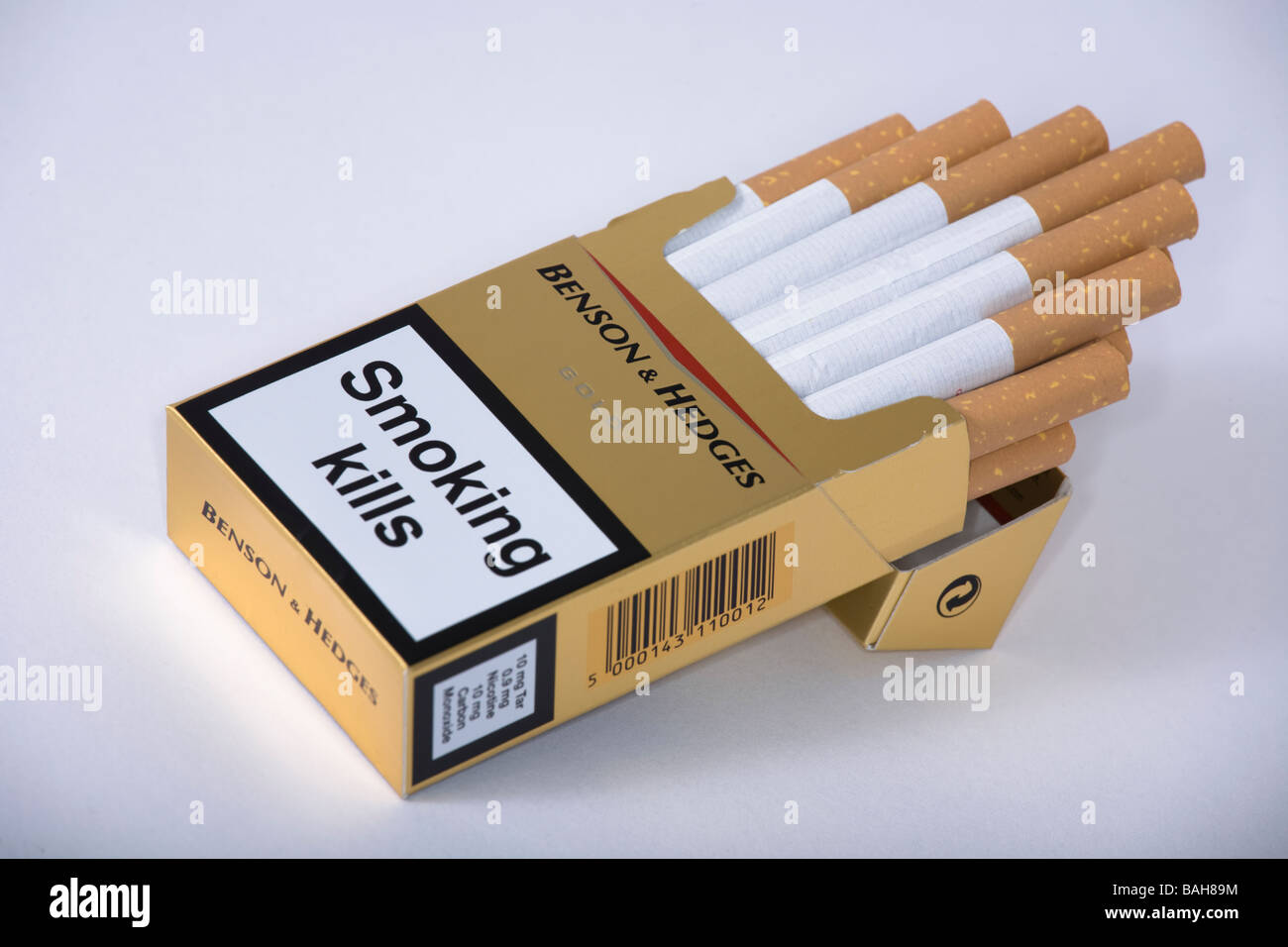 How much are Marlboro in UK