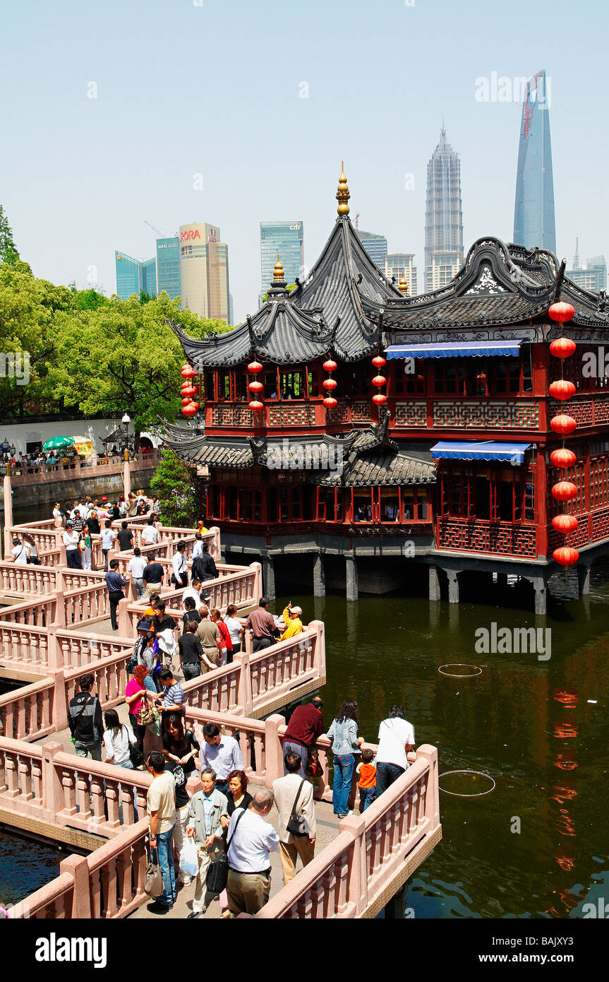 China, Shanghai, Nanshi The Old Chinese City, Hu Xing Teahouse And Bridge