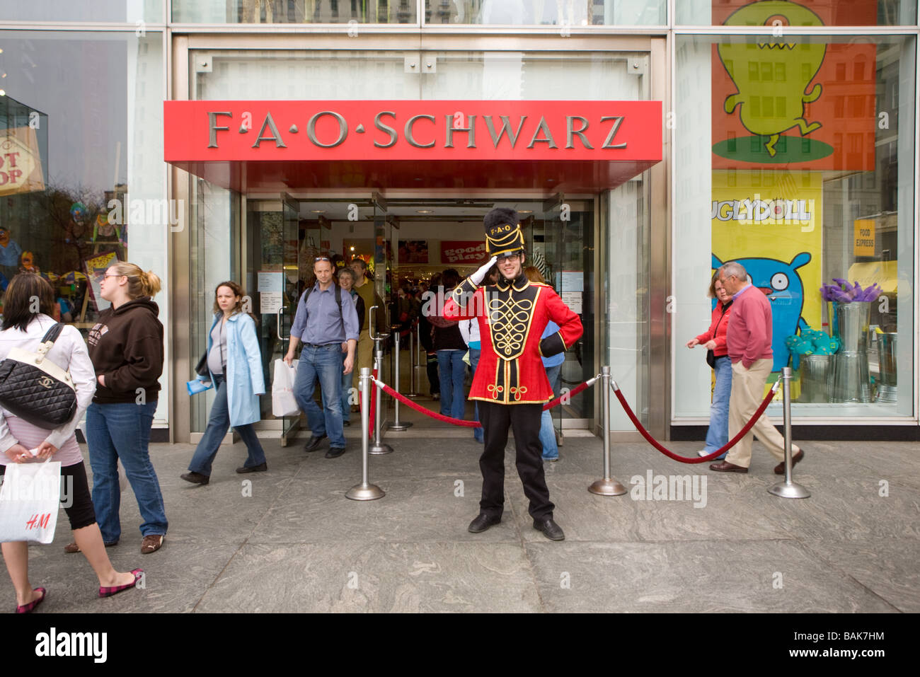 United states new york city fao schwarz toy store on 5th avenue doorman salutes customers at fao schwartz toy store fifth avenue new york city stock photo sciox Image collections