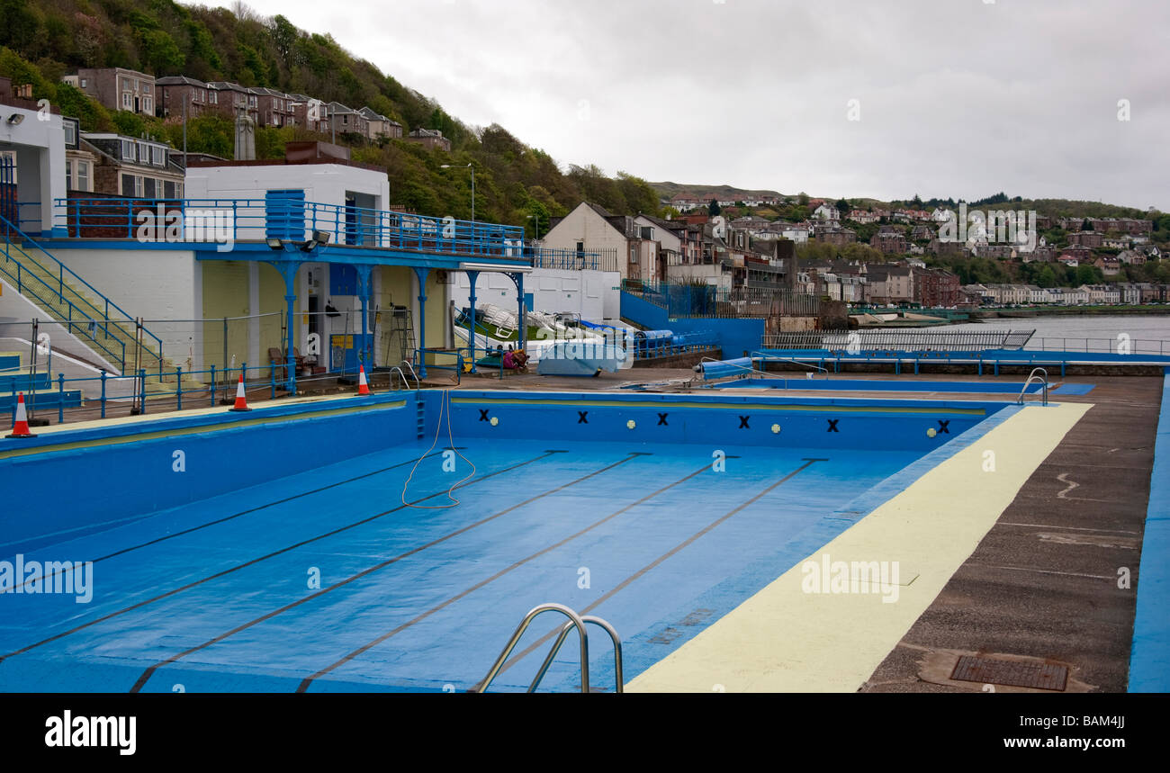 Gourock Outdoor Swimming Pool Stock Photo Royalty Free Image 23799626 Alamy
