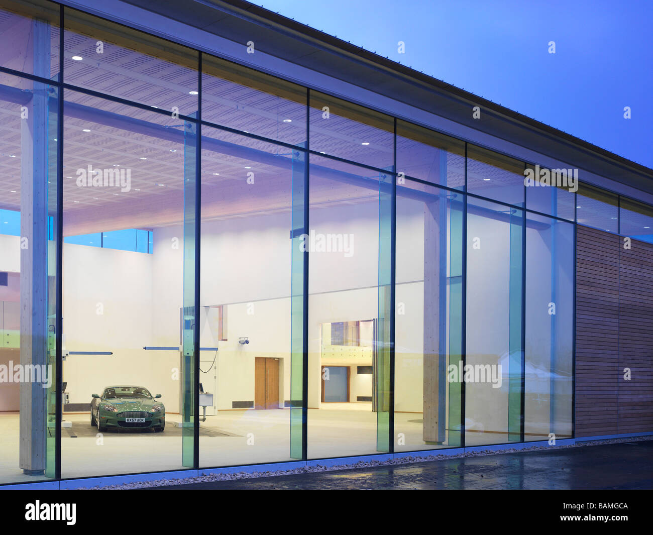 aston martin design studio gaydon united kingdom architect
