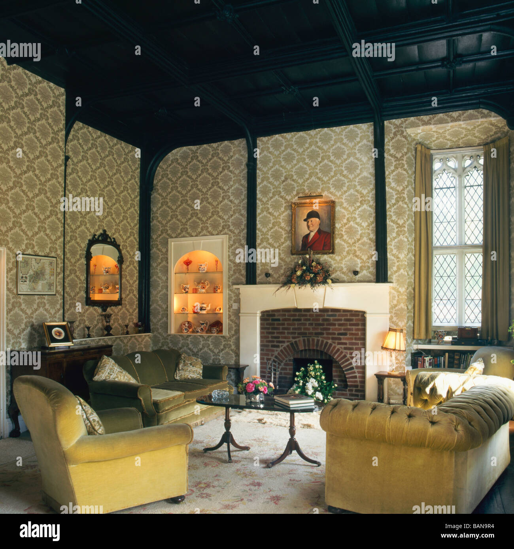 Traditional Living Room Interior Design: Traditional British Living Room Interior Design Stock