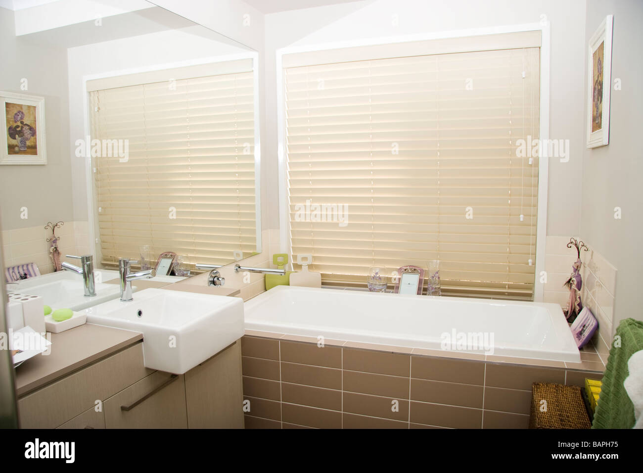 Green and white bathroom - Bathroom In Modern House With Cream Blinds Green And White
