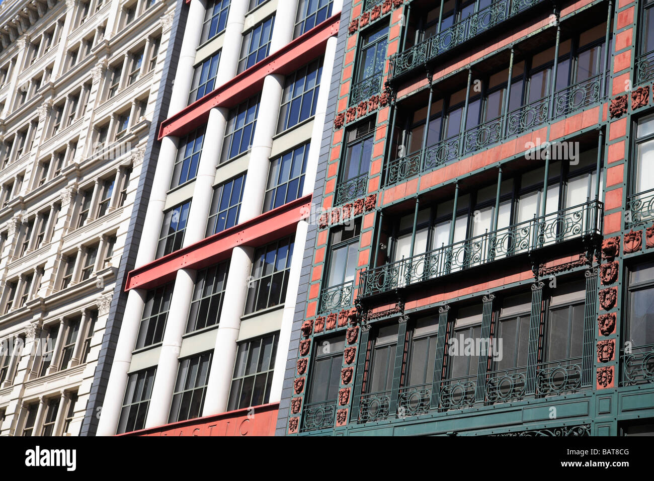 Cast iron facades of loft buildings soho new york city for Loft soho new york