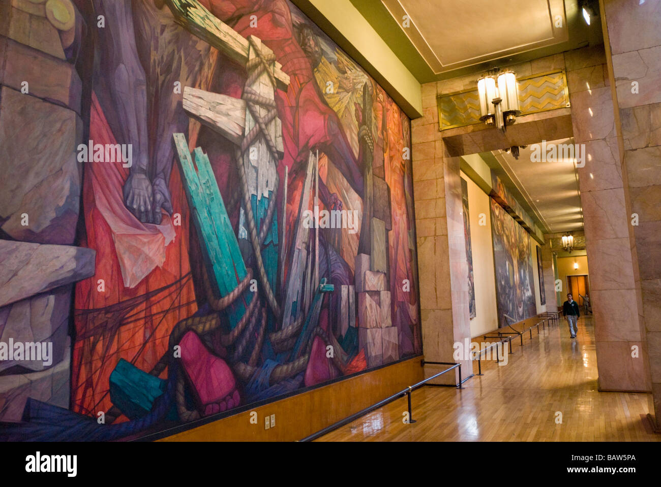 Palacio de bellas artes in mexico city interior murals in for Image city interiors