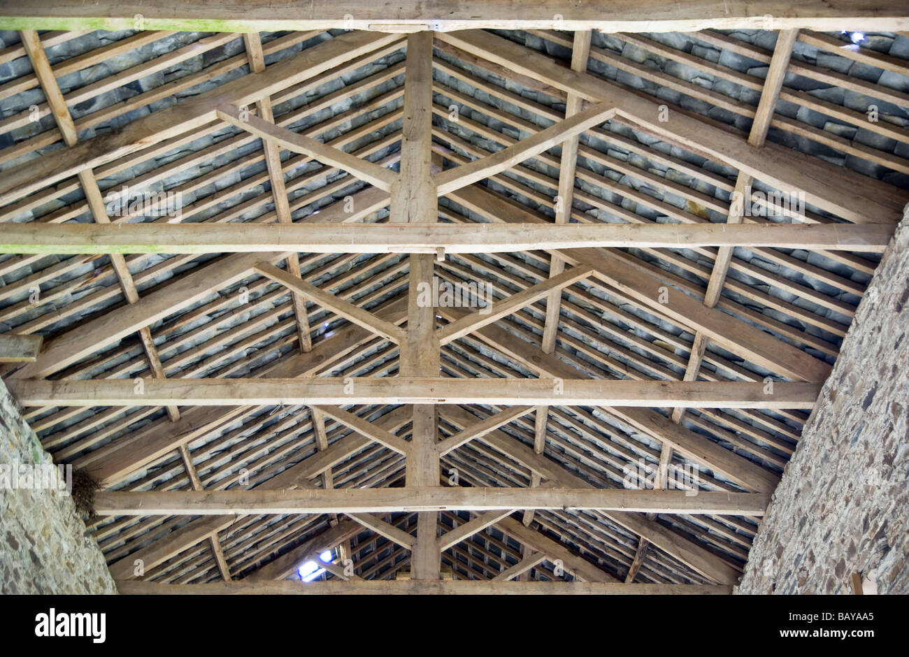 Timber roof chinese timber frame architecture timber for Roof trusses