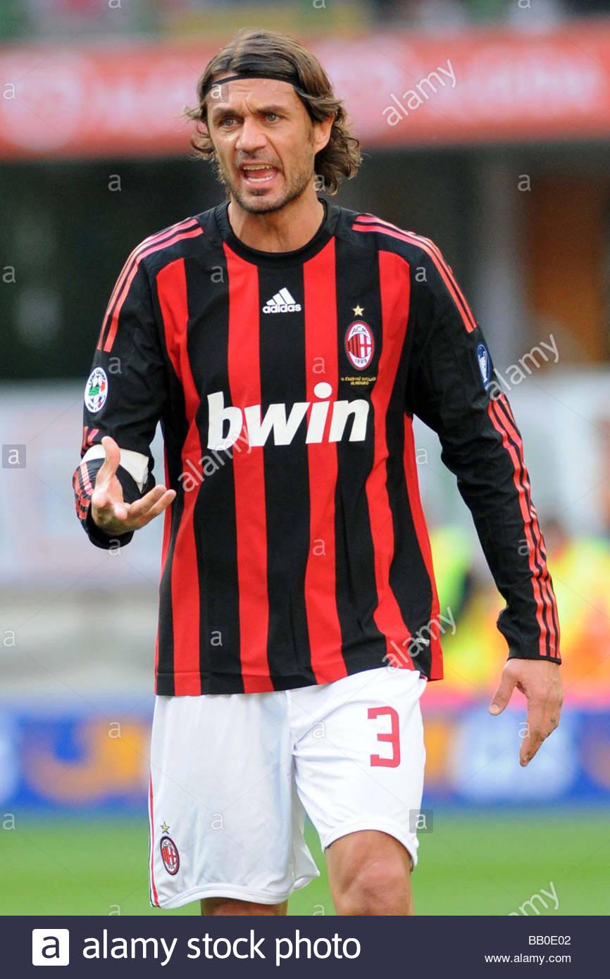 Paolo Maldini Milano 2009 Serie Stock s & Paolo Maldini