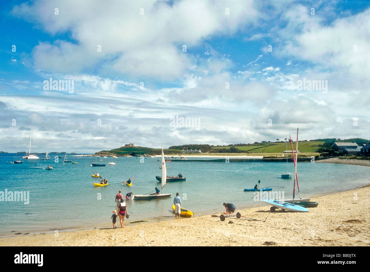 old-grimsby-harbour-at-tresco-island-on-