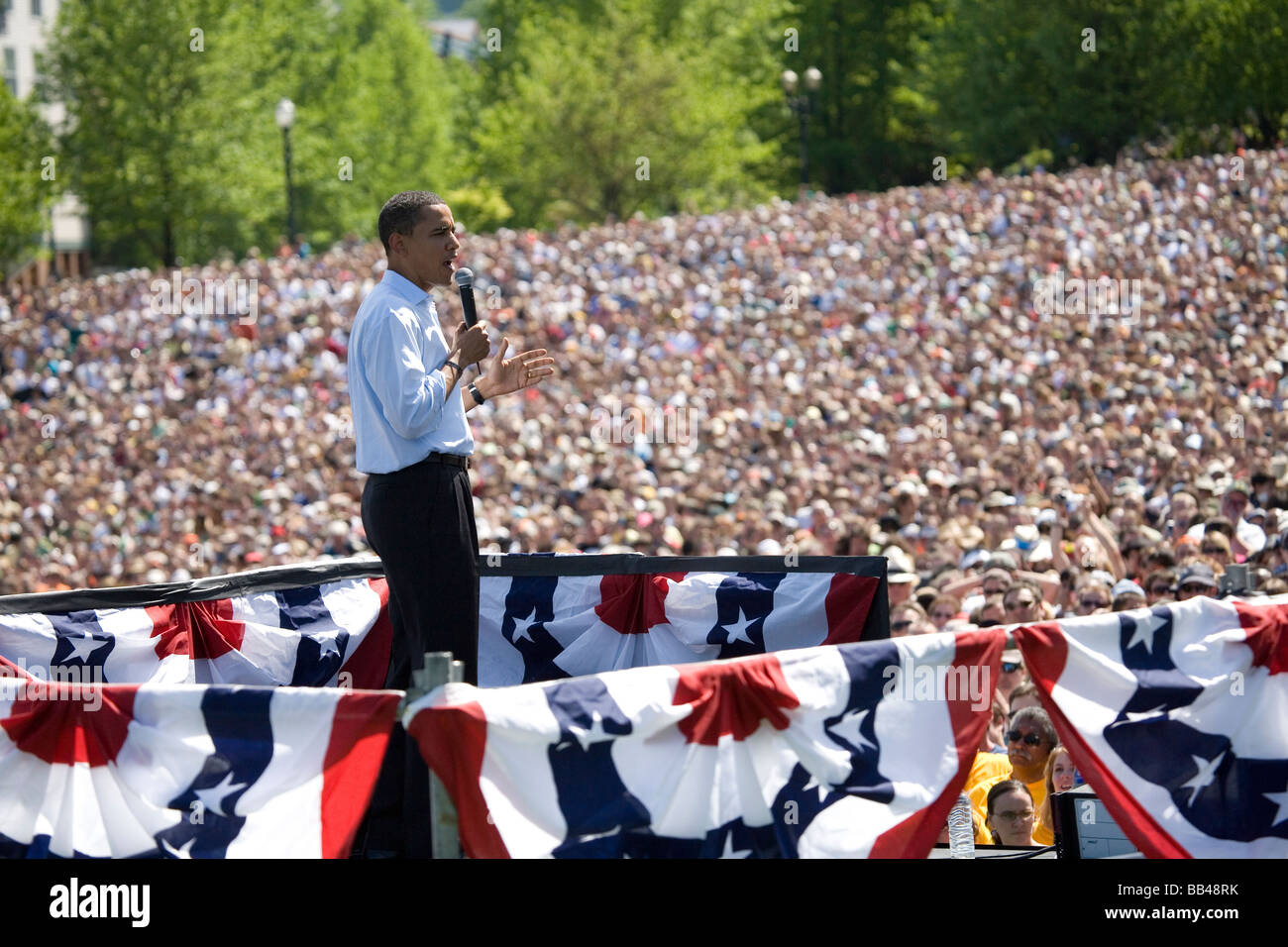 Presidential candidate and Democratic front runner, Barack ...