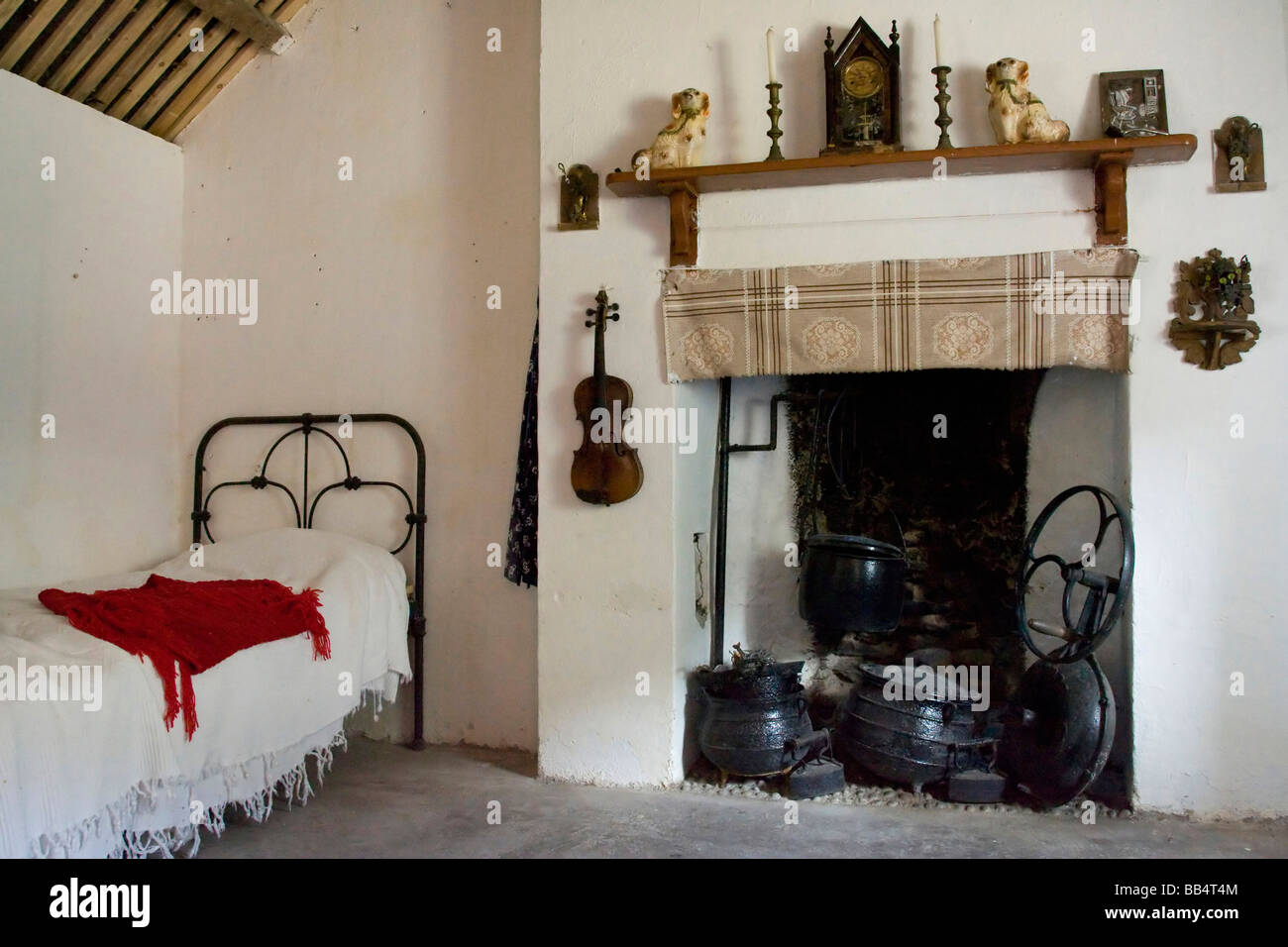 Europe Ireland Gleann Cholm Chille Interior Of A Replica Thatched Roof Cottage From The 1850s