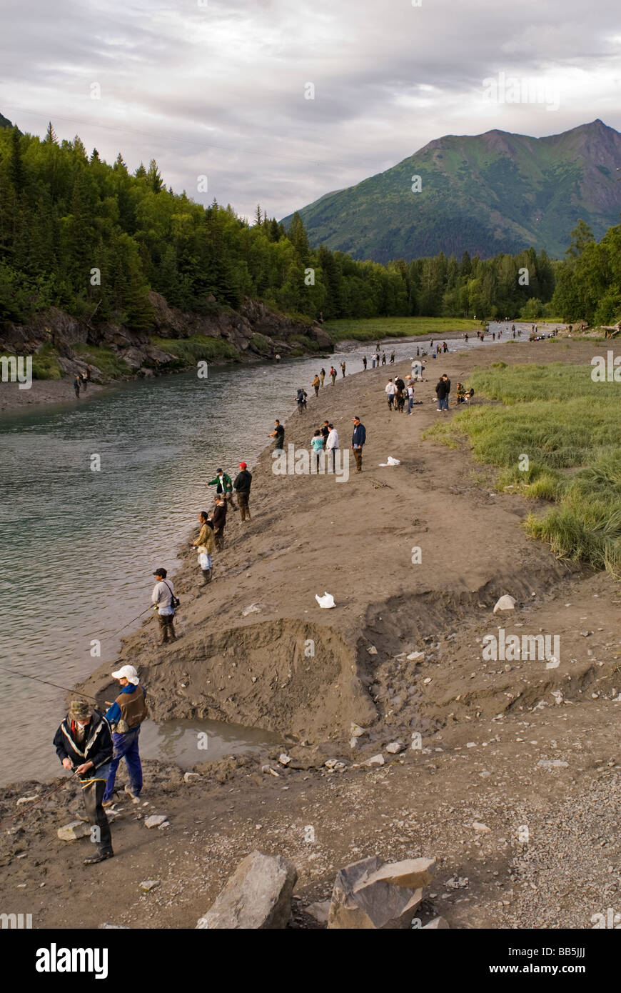 Scores of people fish at bird creek south of anchorage for Fishing in anchorage
