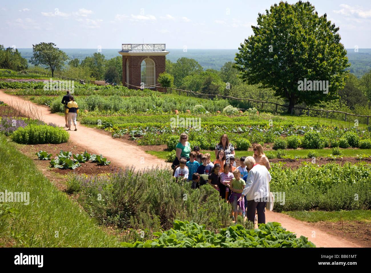 School vegetable gardens - School Children Tour The Vegetable Gardens At Monticello Thomas Jefferson Former Home Plantation Near Charlottesville