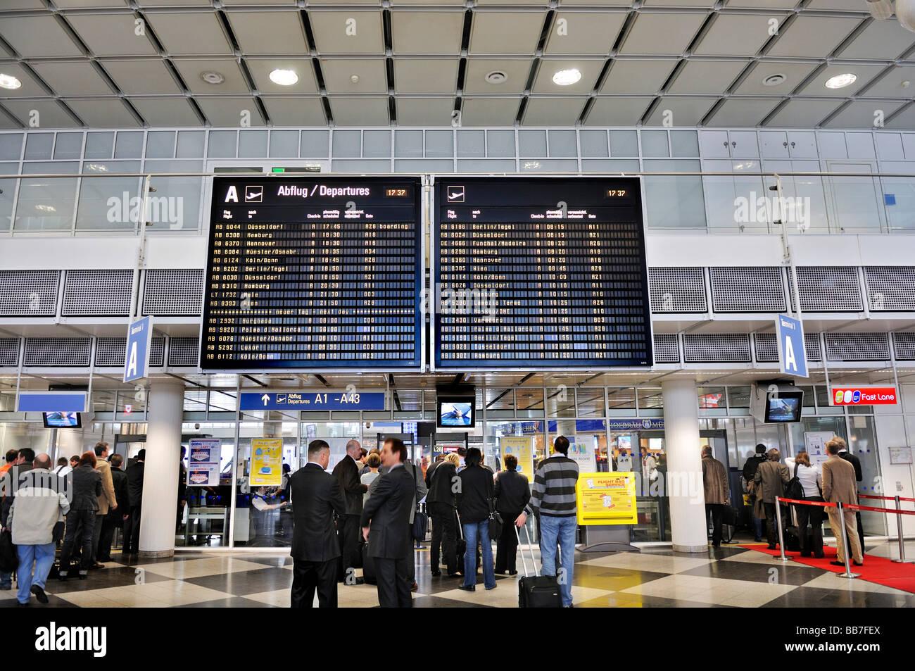 departure hall terminal 1 airport muc 2 munich bavaria germany stock photo 24137426 alamy. Black Bedroom Furniture Sets. Home Design Ideas