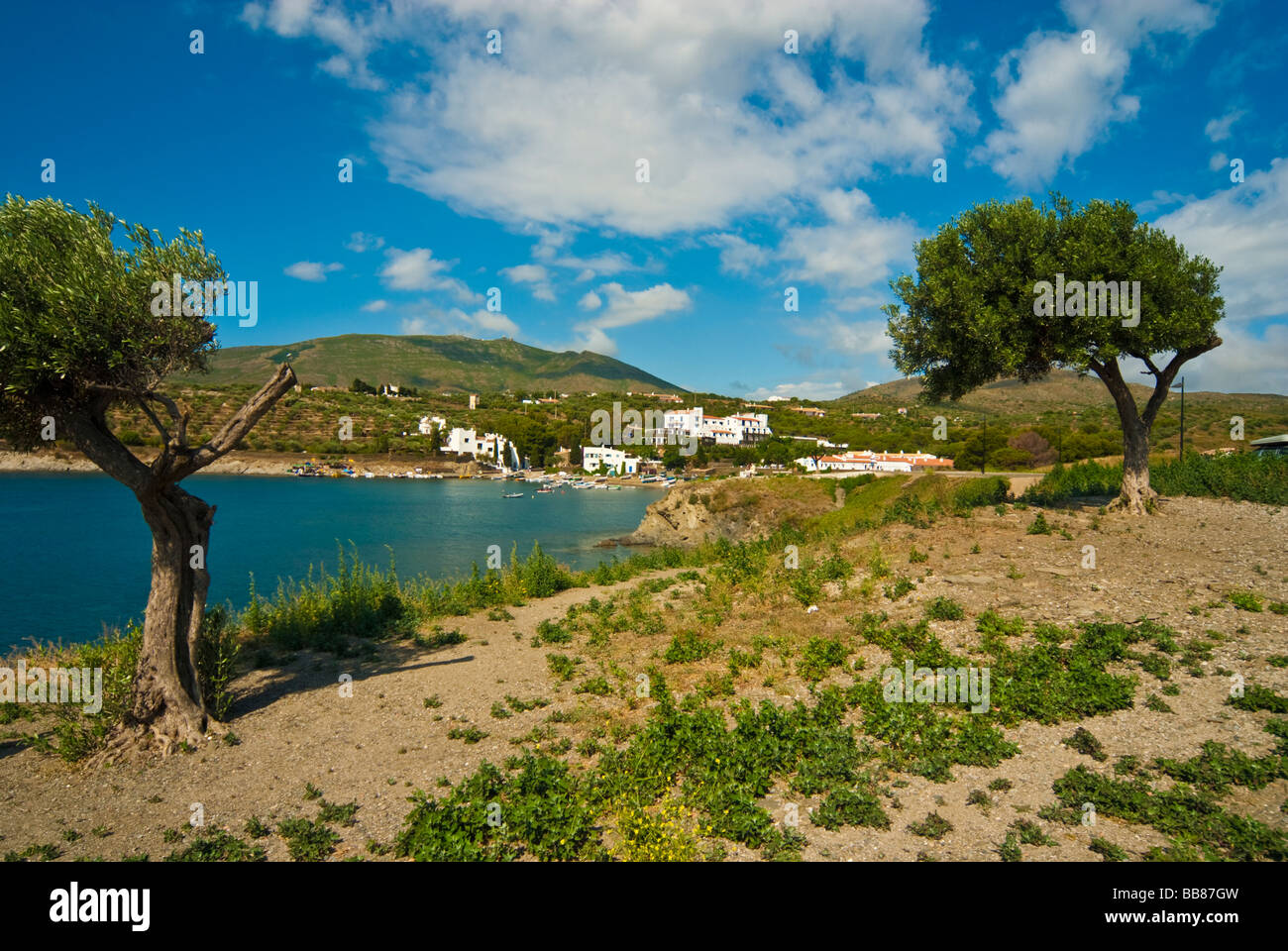 Bay Of Port Lligat With House And Museum Of Salvador Dali And Hotel - Hotel port lligat