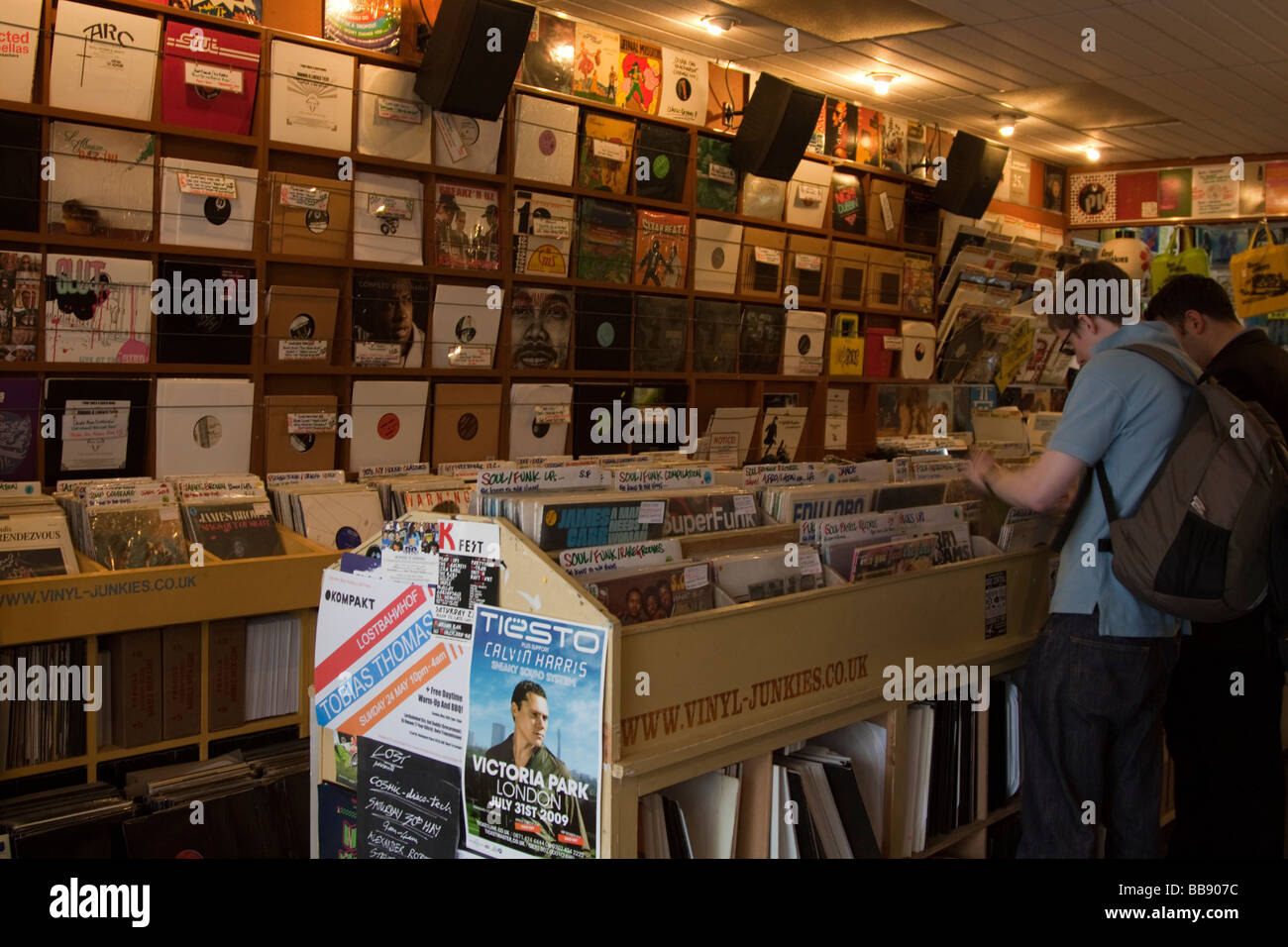 Vinyl Junkies Specialist Record Shop Berwick Street London ...