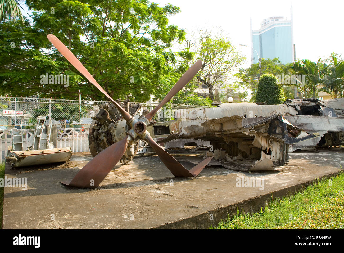 Wreckage Of American Planes Shot Down During The US Vietnam War - Military museums in us