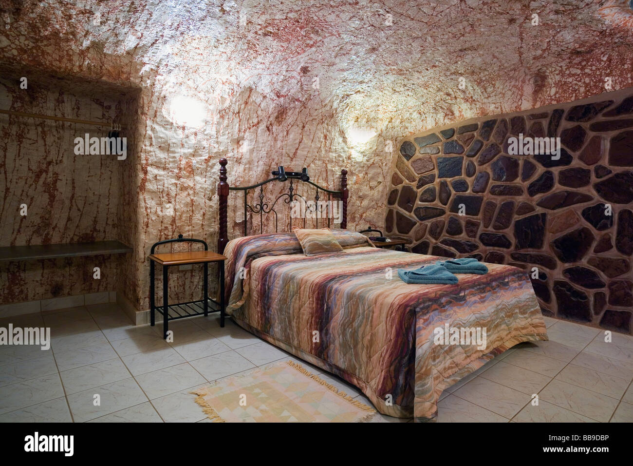 Underground room at radeka 39 s downunder dugout motel coober pedy stock photo royalty free image - Images of room ...