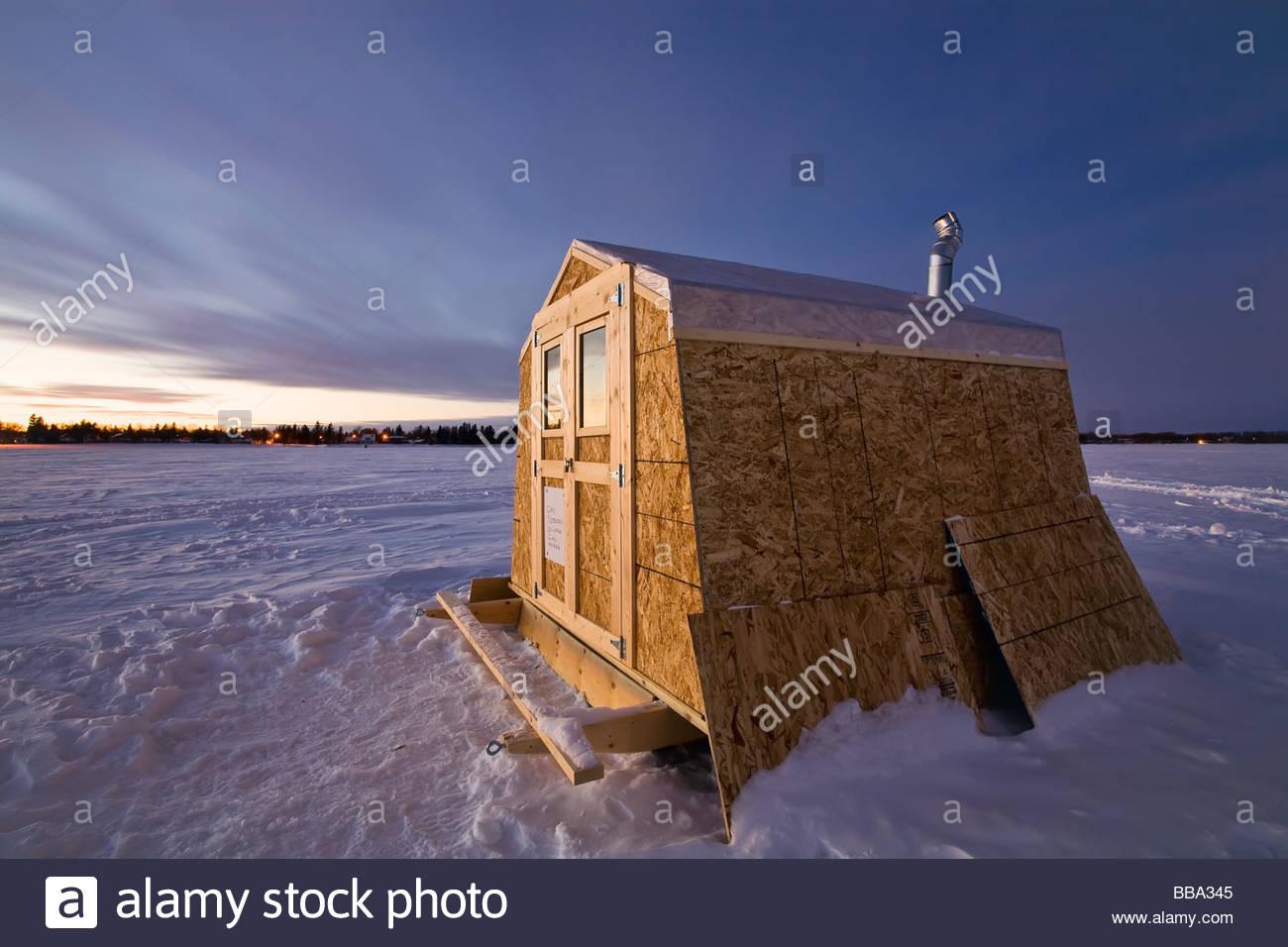 Ice fishing shack on lake winnipeg near gimli manitoba for Lake winnipeg ice fishing