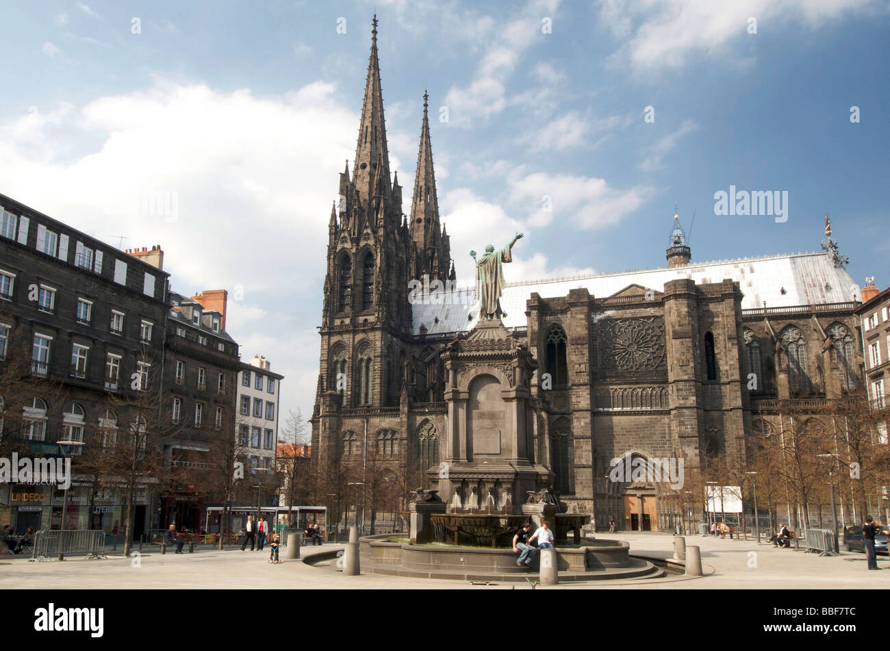 cathedral of clermont ferrand puy de dome auvergne france stock photo royalty free image. Black Bedroom Furniture Sets. Home Design Ideas