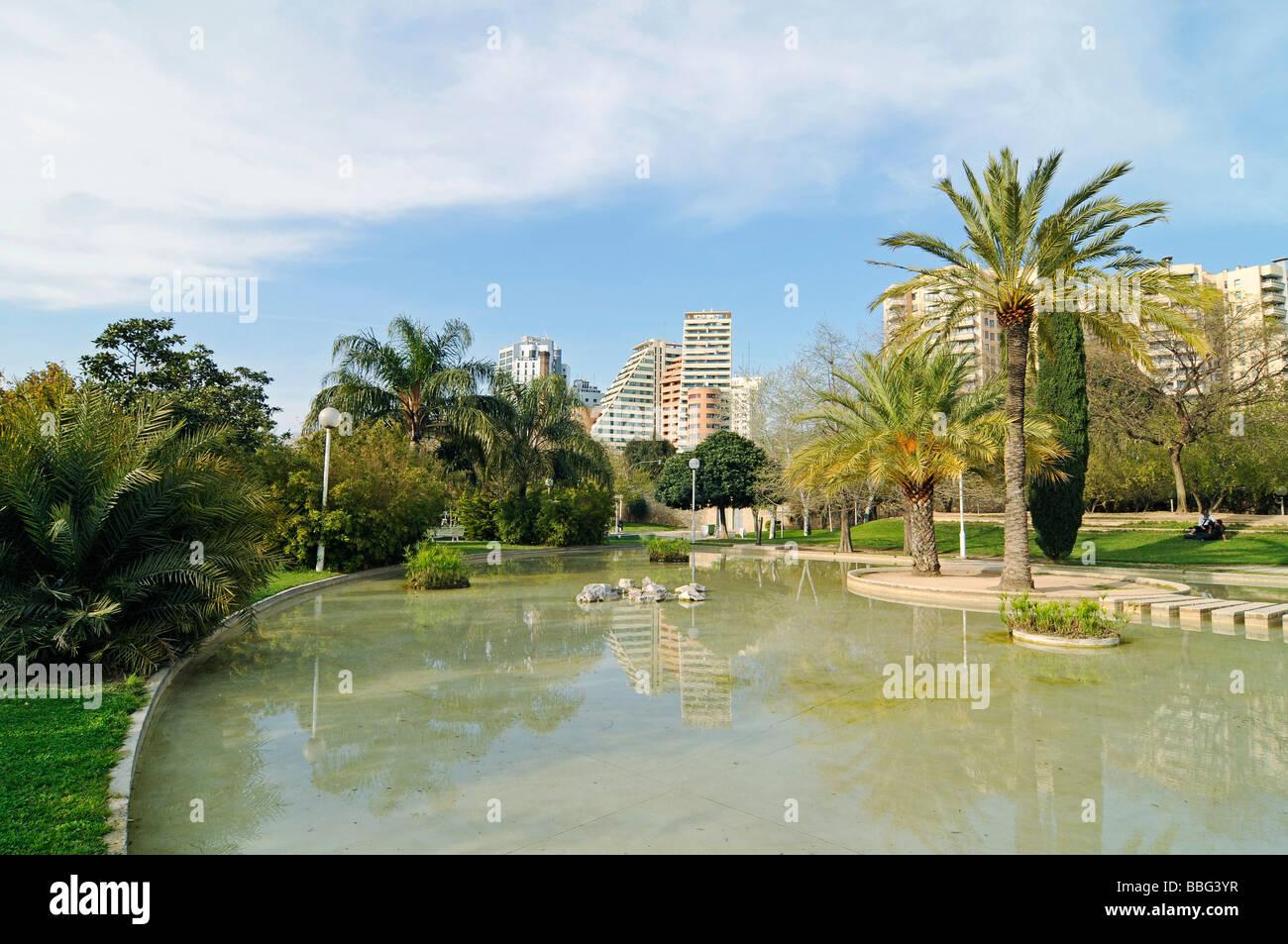 Water lake landscape architecture cultivation jardines del turia stock photo 24325947 alamy - Jardin del turia valencia ...