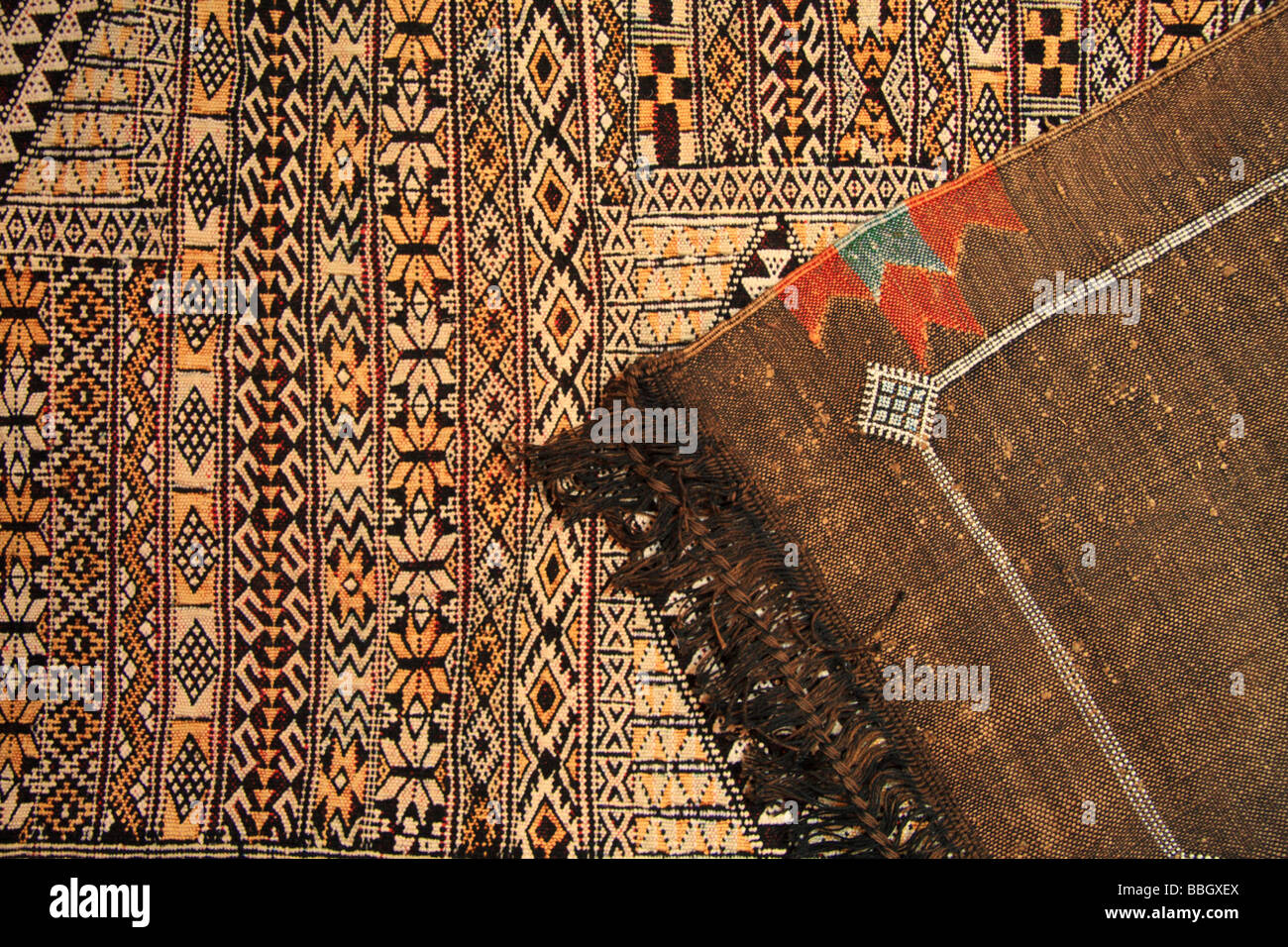 Han Knotted Berber Rugs And Carpets For Sale In Rissani, Morocco   Close Up