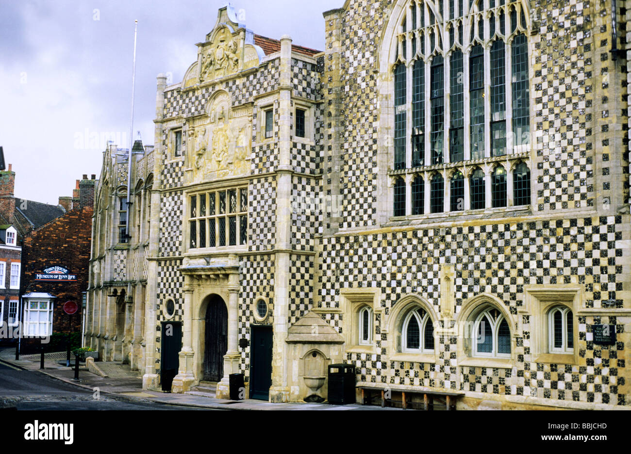 Kings lynn guildhall medieval english architecture flint for English for architects