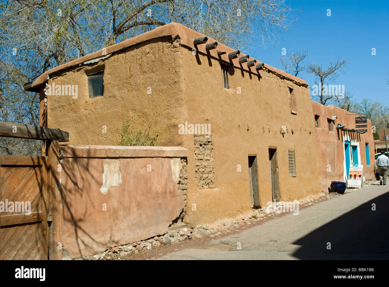 Usa New Mexico Santa Fe Adobe Building Oldest House In Us