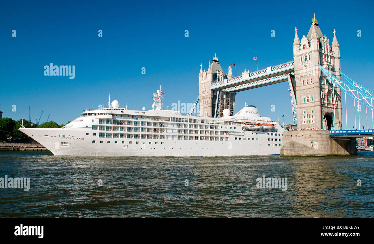 Tower Bridge London Open With The Cruise Ship Silver Cloud Passing - Cruise ship silver cloud