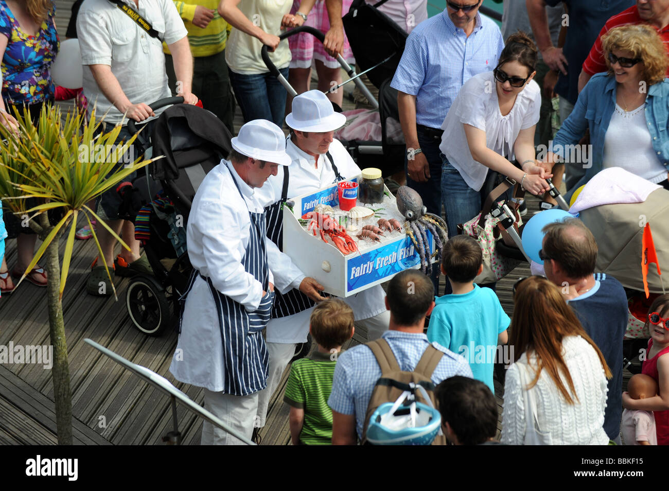 Fairly fresh fish co entertain the crowds at brighton for The fresh fish company