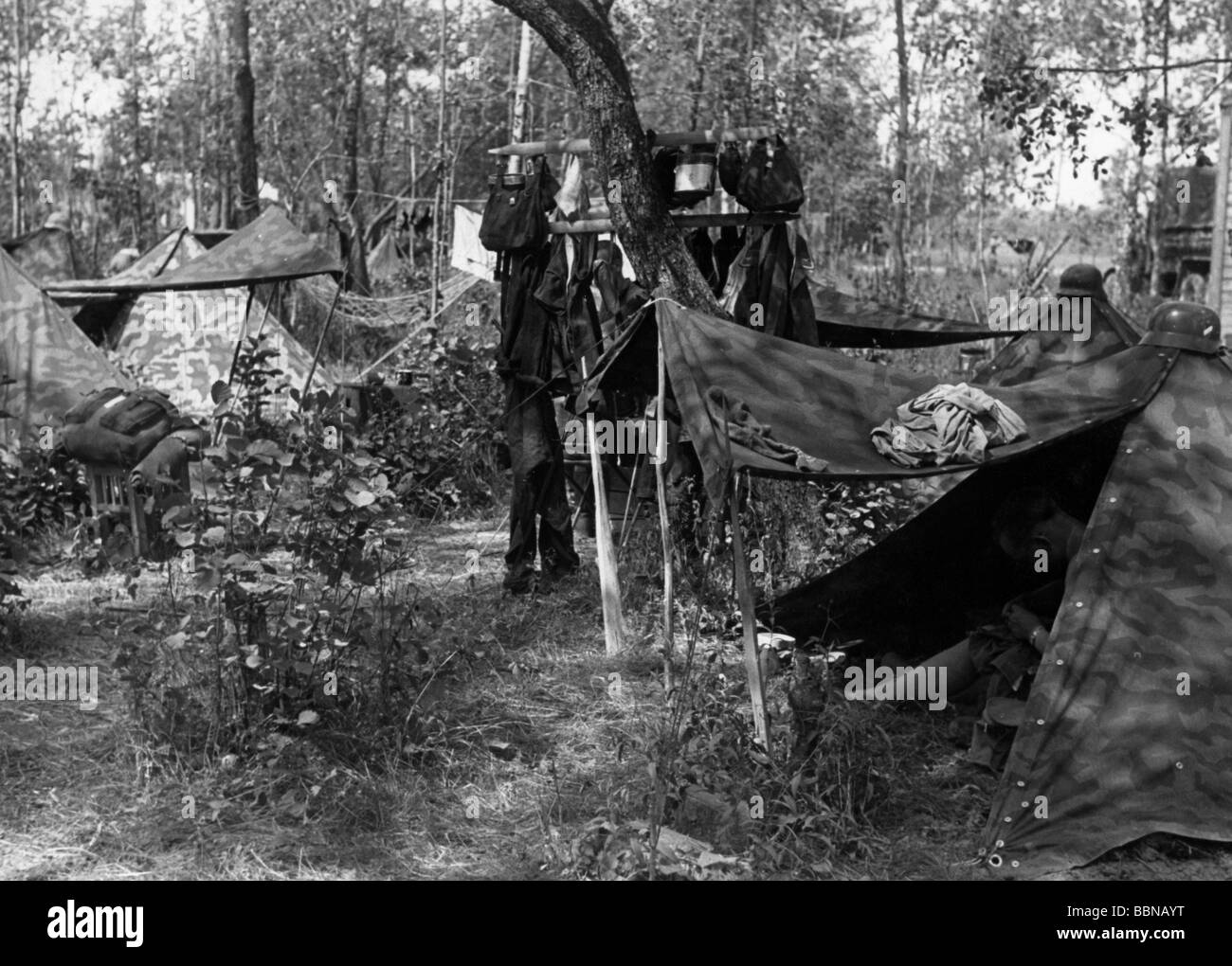 events Second World War / WWII Russia 1941 German soldiers in a bivouac on the Eastern Front summer 1941 c& tent tents & events Second World War / WWII Russia 1941 German soldiers in a ...