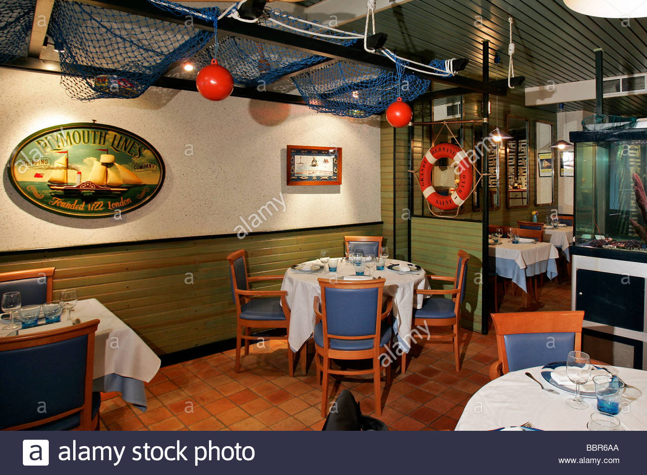 fish restaurant 39 le chalut 39 saint malo ille et vilaine 35 france stock photo royalty free. Black Bedroom Furniture Sets. Home Design Ideas