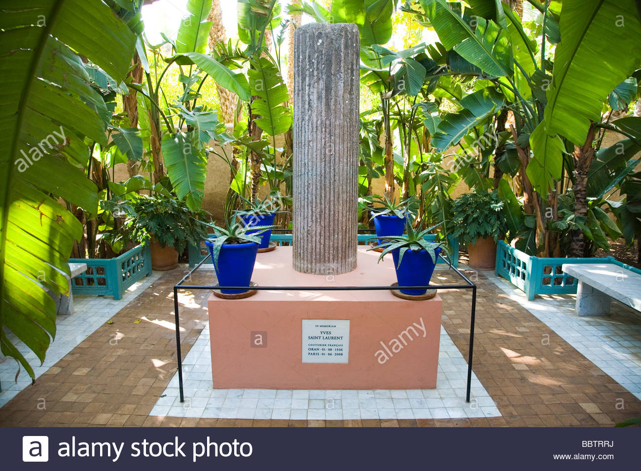 Africa morocco marrakech jardin majorelle created by for Jardin yves saint laurent marrakech