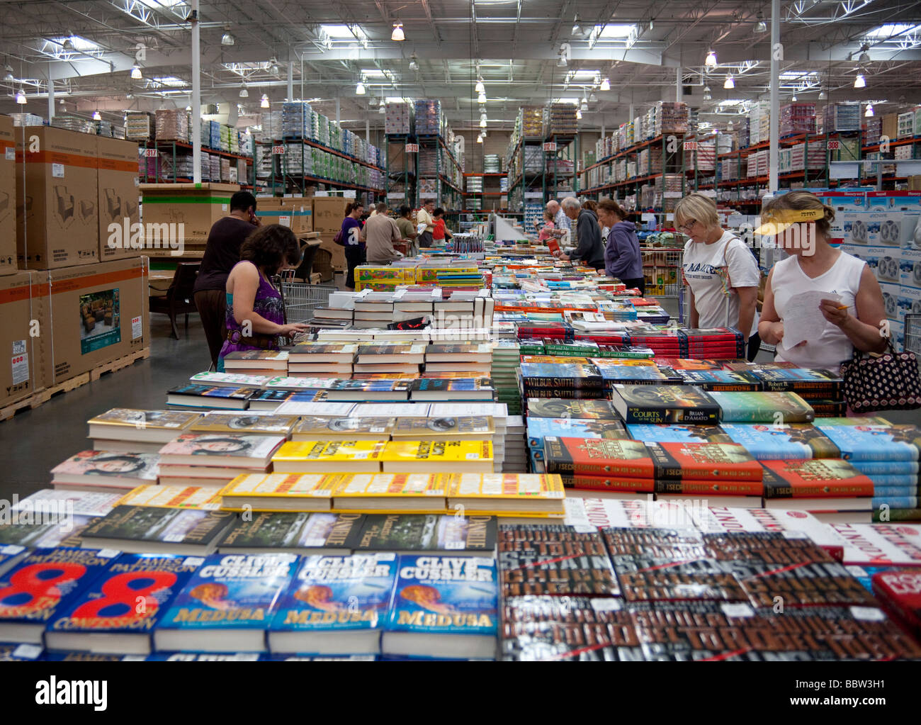 This statistic presents the number of Costco membership warehouses worldwide in As of September 3, , Costco operated a total of warehouses in the United States and Puerto Rico.