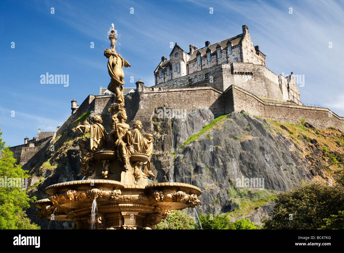 Edinburgh Castle And Ross Fountain Scotland Stock Photo Royalty Free Image 24680084 Alamy