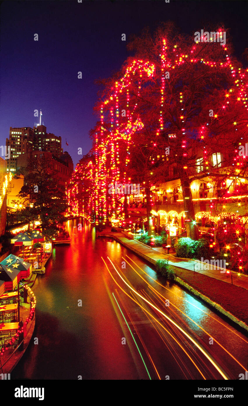 Christmas lights at Paseo del Rio Riverwalk in San Antonio Texas ...
