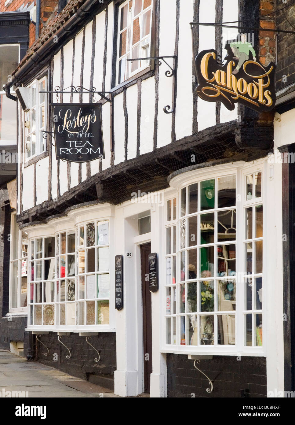 Cahoots and lesley 39 s tea rooms in the historic quarter of for Tea room design quarter