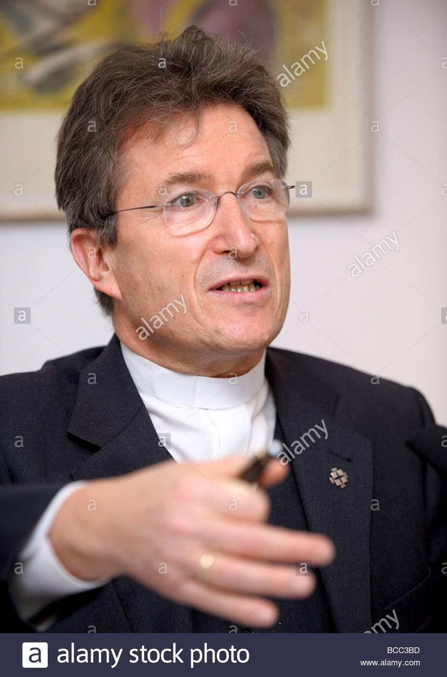 Bishop Wolfgang HUBER Stock Photo - bishop-wolfgang-huber-BCC3BD
