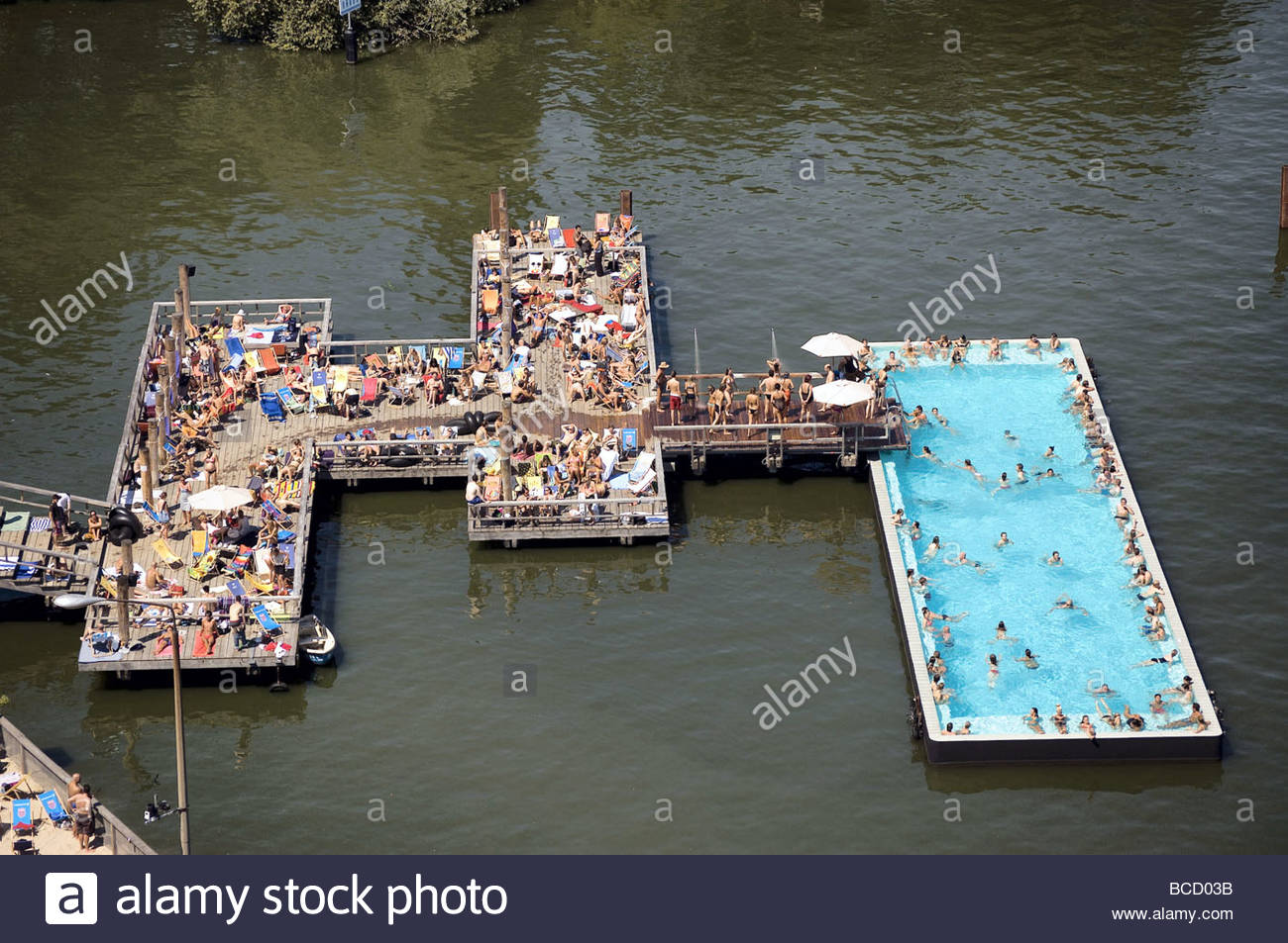 badeschiff bathing ship public swimming pool river spree stock photo 24871711 alamy. Black Bedroom Furniture Sets. Home Design Ideas