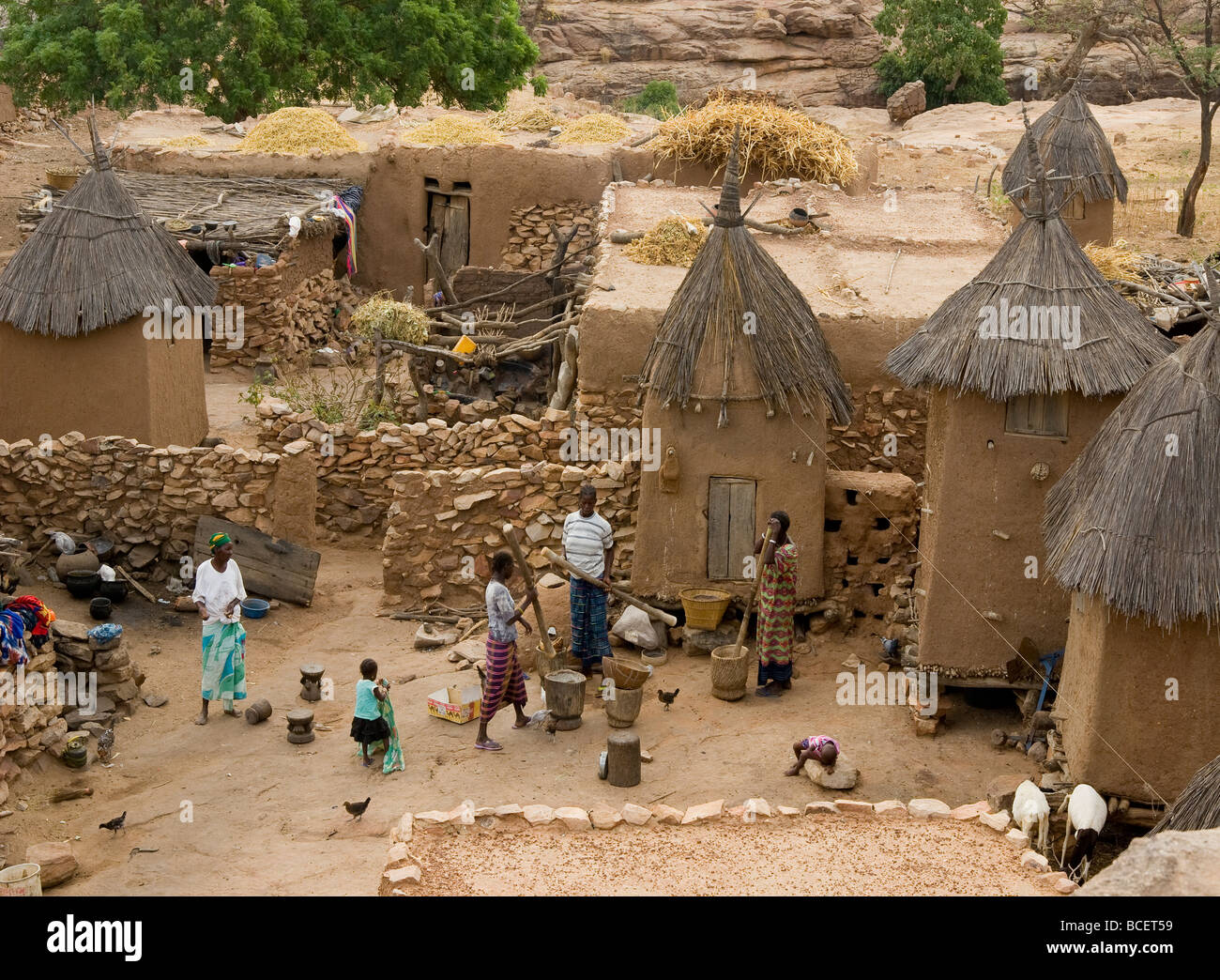 country style mobile homes with Stock Photo Mali Sahel Dogon Land Village Of Benigmato Dogon Family Cliffs Of 24912533 on 5136964974 also 85740389 further 5029467063 additionally 951 Sq And Rec Nh Home also 4527508862.