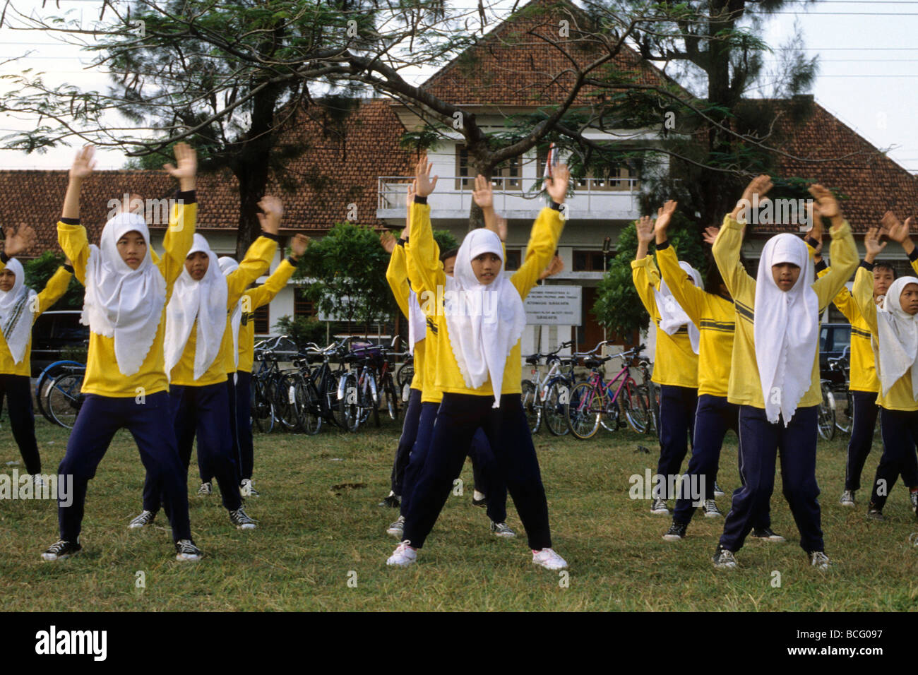 java-indonesia-girls-during-the-physical-education-lesson-jogjiakarta-BCG097.jpg