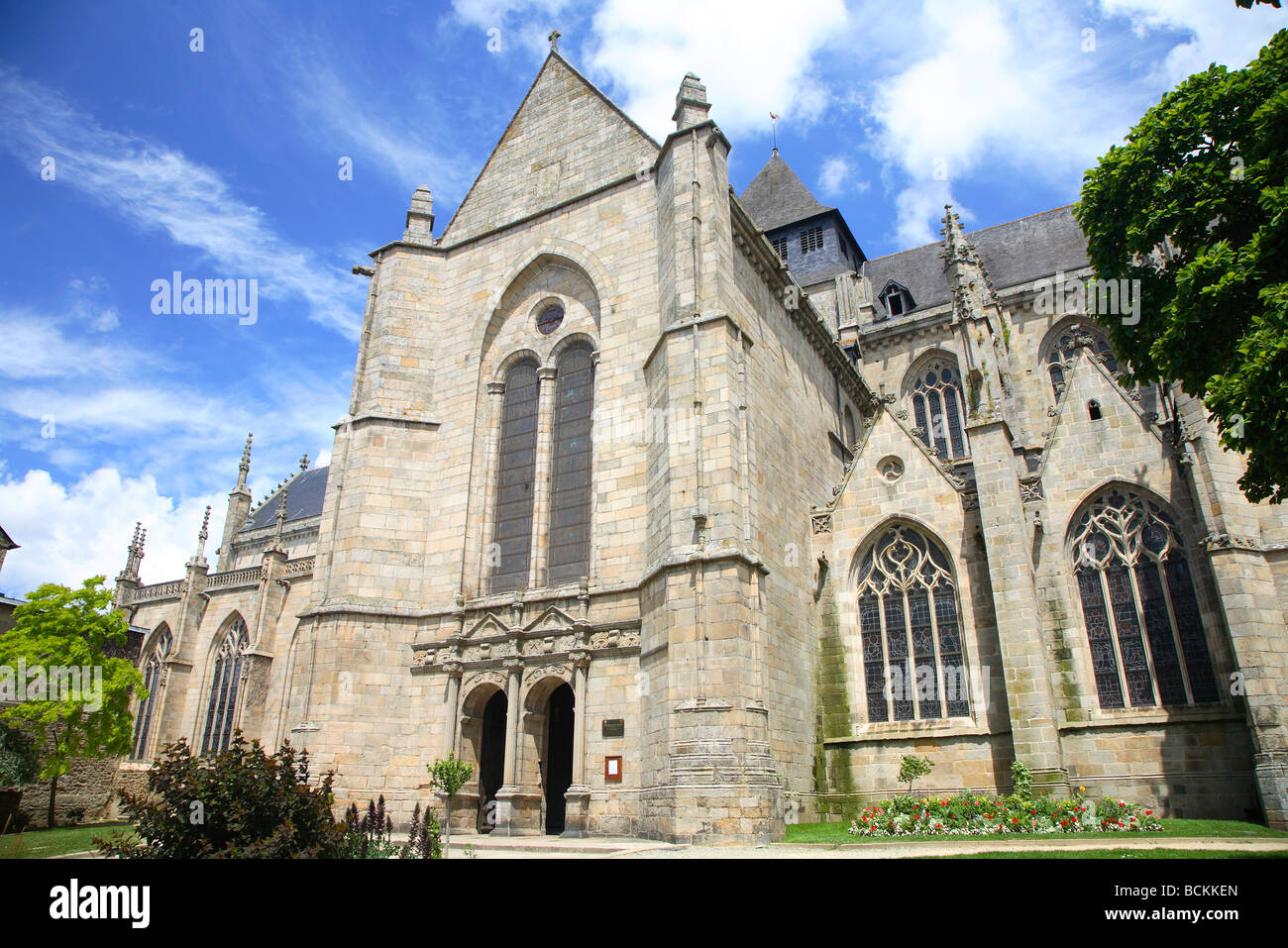 Superior Church News #2: France-brittany-bretagne-dinan-eglise-st-malo-church-saint-malo-BCKKEN.jpg