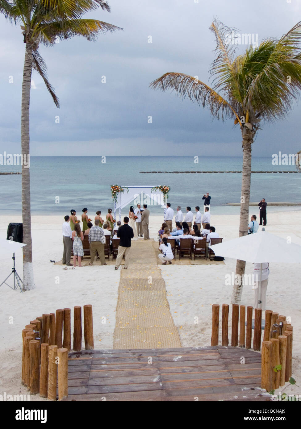 Wedding on the beach - Stock Photo Wedding On The Beach At A Resort Hotel In Cancun Quintana Roo Mexico 2009 David H Wells The Image Works