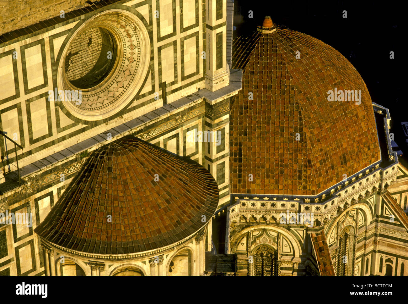 an analysis of the duomo of florence cathedral church I always feel a great responsibility every time i do my private tours inside the florentine cathedral (duomo - domus - house of god) do not be distracted by the many other tourists inside the duomo, being in the duomo of florence is important considering the meaning that this church had/has/will have for the city of.