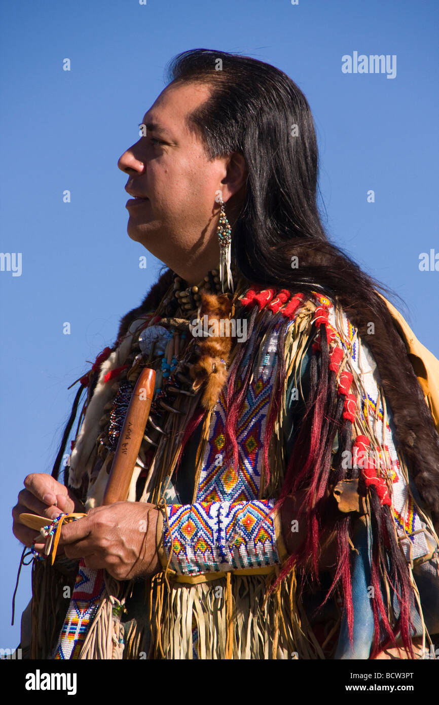 """lakota men The lakota (""""friends"""" or """"allies"""", sometimes also spelled """"lakhota"""" by native  people, and pronounced """"lak ó ta"""" by the lakota people) are a native american ."""