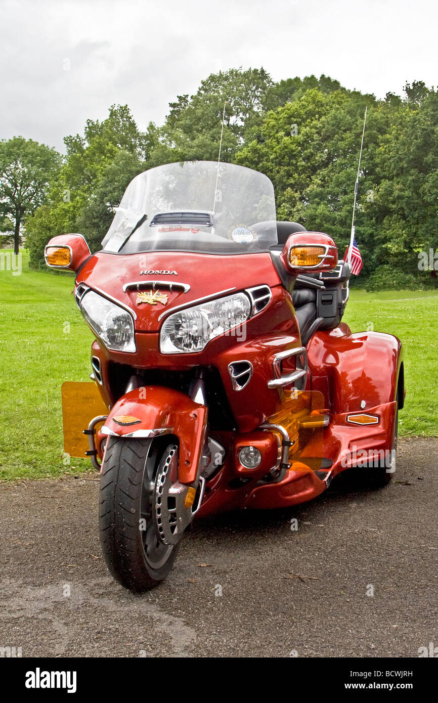 Honda goldwing trike for sale uk motorbikes scooters for Motor trikes for sale uk