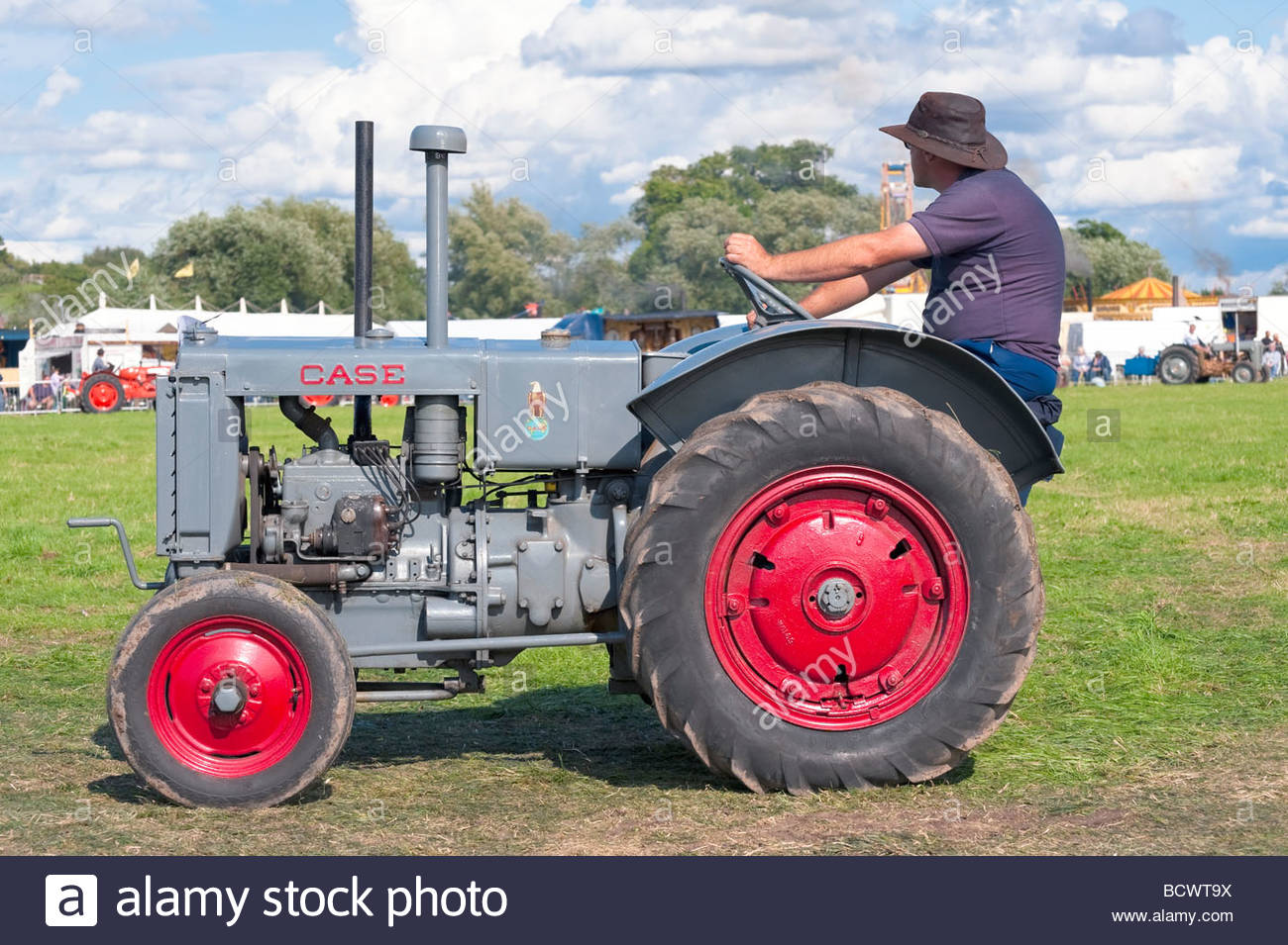 fordson tractor with Stock Photo Vintage Tractor At Welland Steam Rally Uk Case Classic Tractor Parade 25154134 on Watch further Links likewise Stock Photo Vintage Tractor At Welland Steam Rally Uk Case Classic Tractor Parade 25154134 moreover Ferguson further Watch.