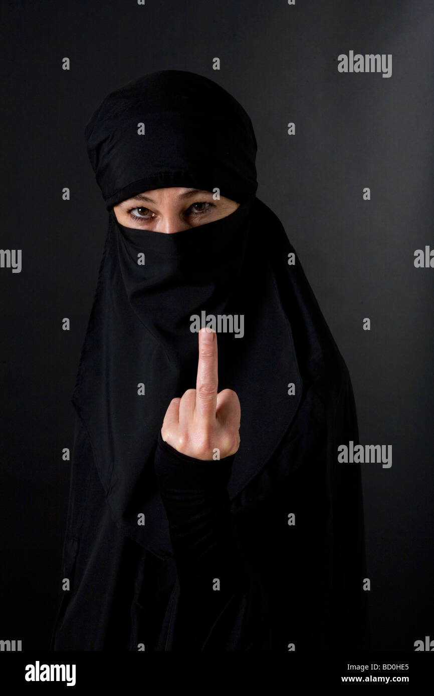 murdock muslim single women Black + muslim + woman many black muslim women remain unmarried and chronically single black muslim women are viewed as the most undesirable women.